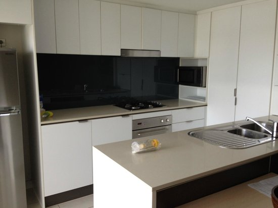 Oaks Festival Towers: Kitchen - very well equipped
