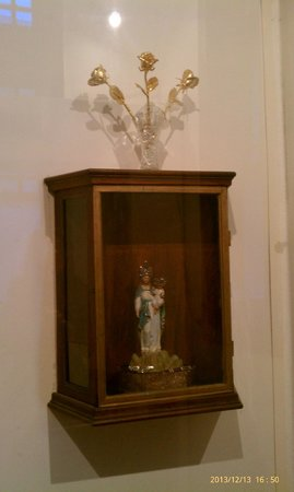 National Shrine of Our Lady of Prompt Succor: Sweetheart Statue