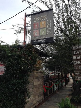 Onion Creek Coffee House: Front entrance