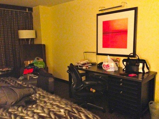 Kimpton Nine Zero Hotel : Quarto