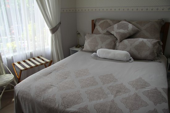 Ambleside Bed & Breakfast: Lavender room