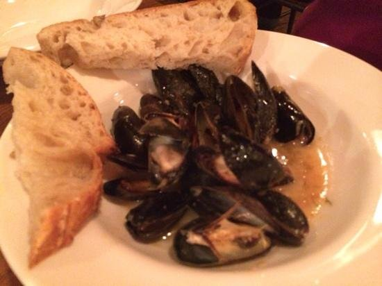 Otto's: mussles
