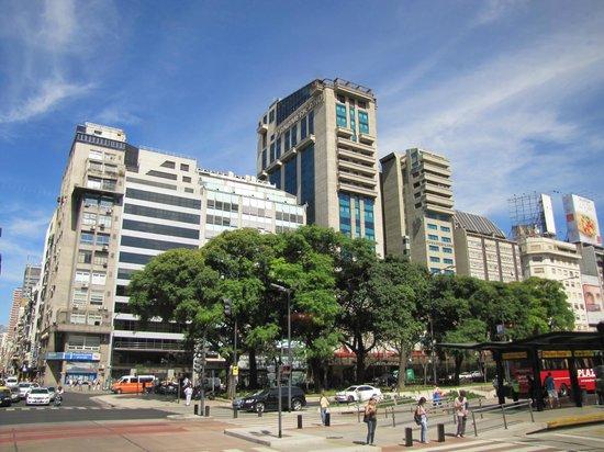 Hotel de Lujo Panamericano Buenos Aires.