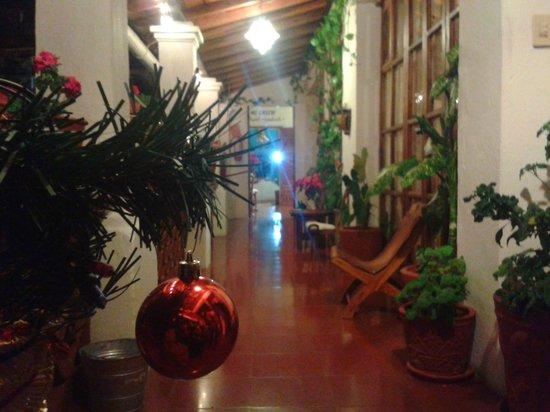 Hotel Mi Casita: Pasillo afuera de Hab 3