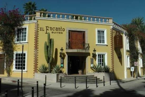 El Encanto Inn & Suites Boutique Hotel: Main building - our room was in a building across the street