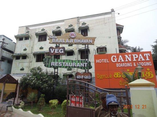 Hotel Ganpat: Hotel
