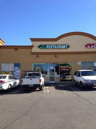 El Nopalito Restaurant: exterior