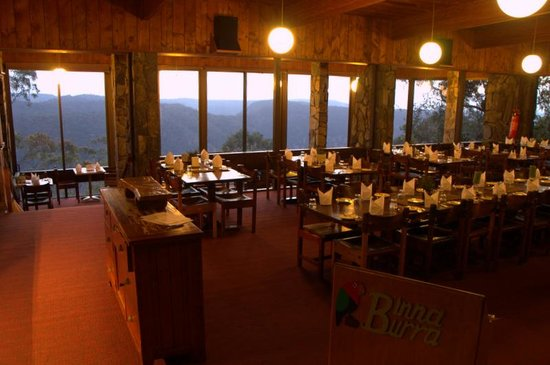 Binna Burra Mountain Lodge : Lodge Dining Room with it's spectacular views