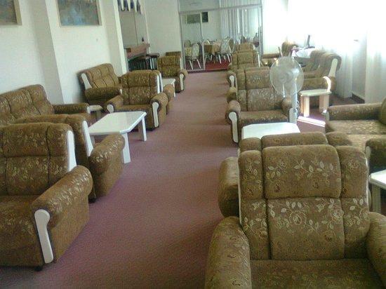 Rivoli Hotel: Lounge.