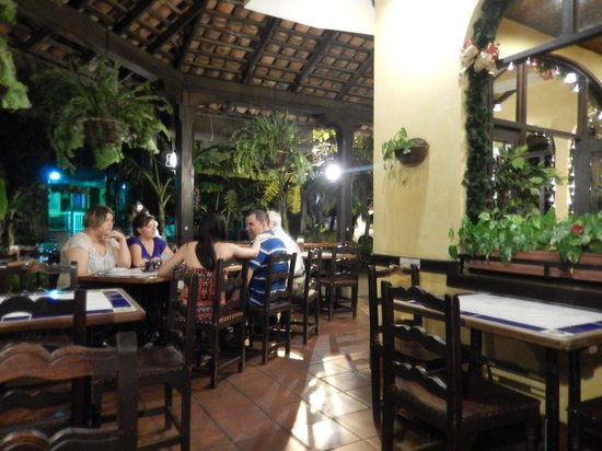 Cocina de Doña Haydée: Outdoor seating area