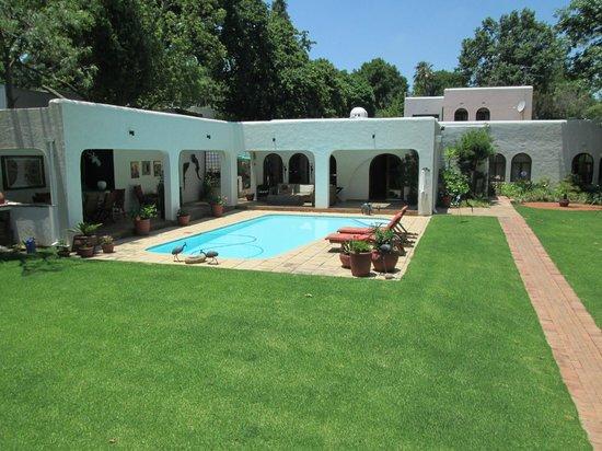 Graton Guest House: External view