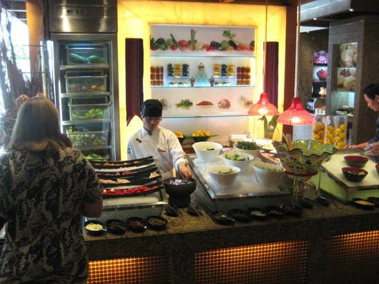 Pudong Shangri-La, East Shanghai : Buffet Breakfast -
