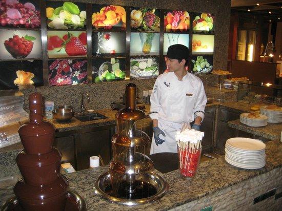 Pudong Shangri-La, East Shanghai : Breakfast buffet - Smoothies
