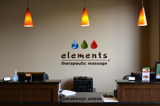Elements Massage Sunnyvale : Front desk