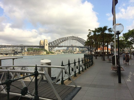 Sydney Cove Oyster Bar: Sydney Harbour with Oyster Bar in background
