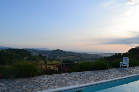 Podere Monti: View from the swimming pool