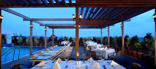 Fortune select jp cosmos bengaluru hotel reviews for Terrace restaurants in bangalore