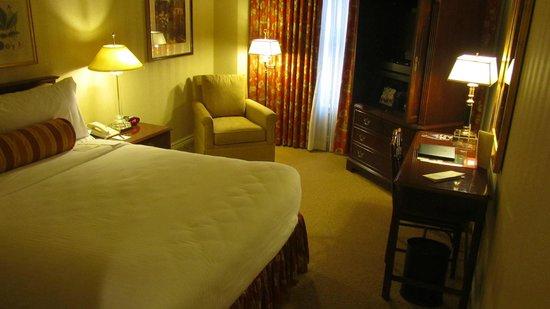 Mayflower Park Hotel: Suite 604