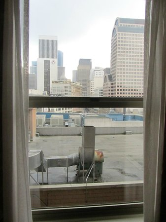 Mayflower Park Hotel: View from room 604