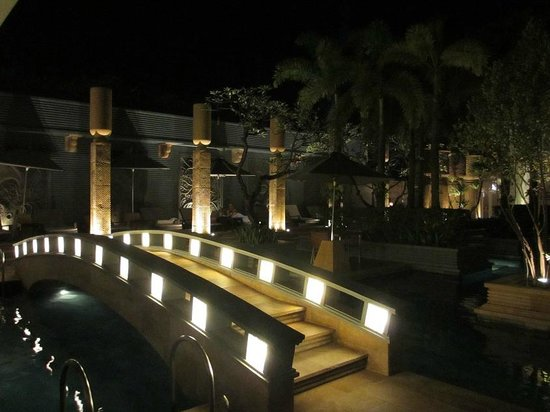 Park Hyatt Siem Reap: Pool (night 1F)