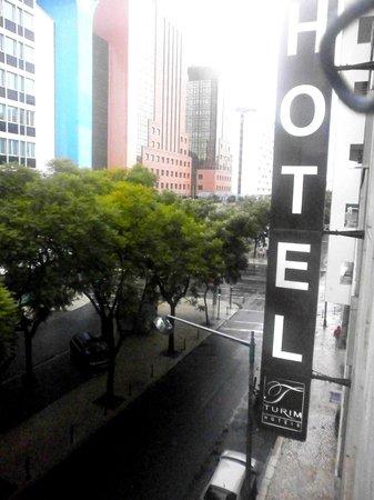 Turim Iberia Hotel: La posizione è centrale.
