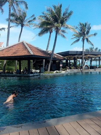 Anantara Mui Ne Resort: Poolbar
