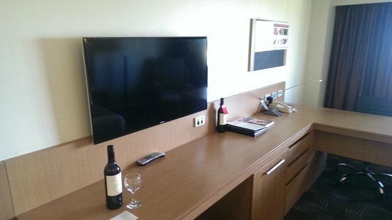 Stamford Plaza Adelaide: Premier Room on 12th Floor