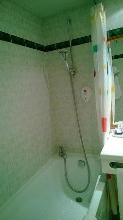 Qualys Hotel Lyon Nord: Second Floor Room