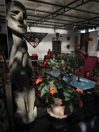 CAFE DES ARTS : Vue générale Café des Arts
