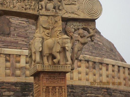 Ashoka Pillar Sanchi Stupa