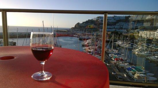 Marina Suites : Balcony view - marina