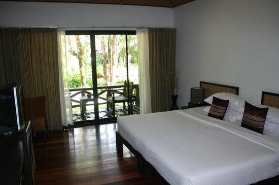 Ramayana Koh Chang Resort: The room