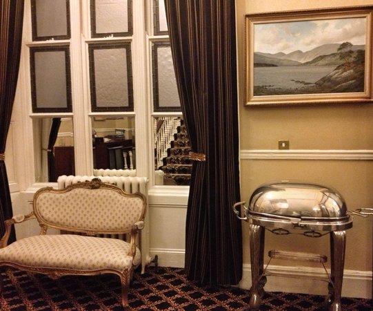 The Malton Hotel: A cubby near the restaurant.