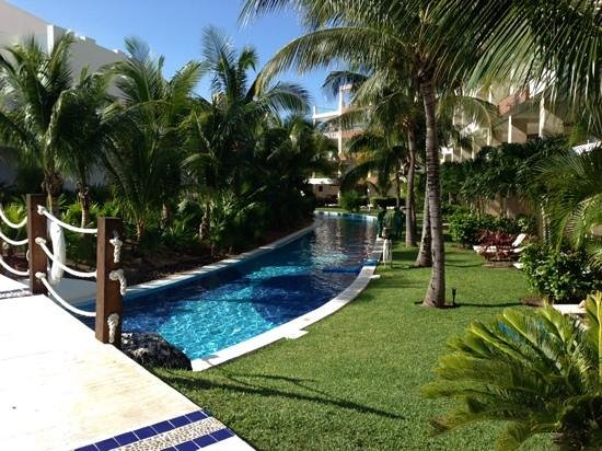 Excellence Playa Mujeres: hotel lazy river