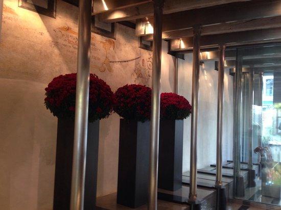 Widder Hotel: The entrance