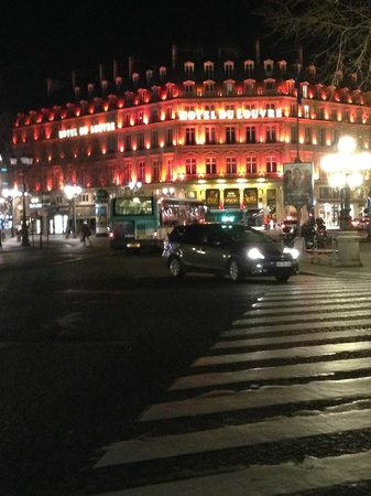 Hotel du Louvre: Another night view