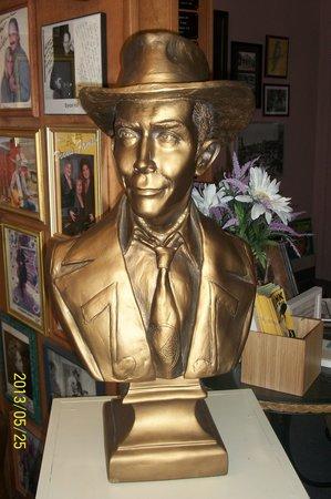 Hank Williams Museum: Hank Williams Sr Bust