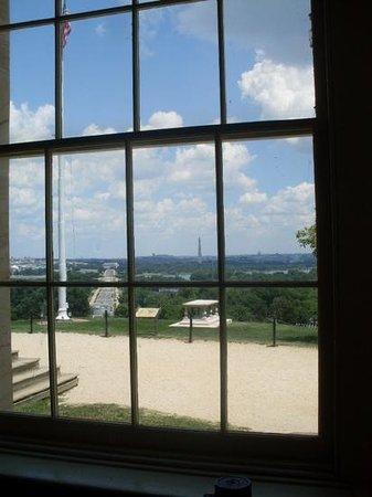 Arlington House - The Robert E. Lee Memorial: View