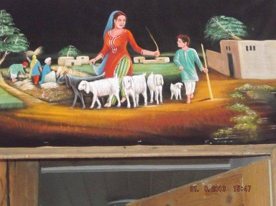 Shalimar : Nice wall Painting2