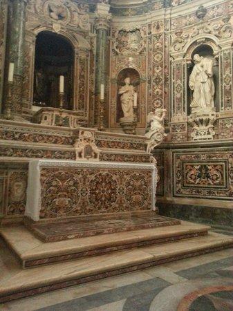 Taranto Catherdral - Duomo of San Cataldo : Altare della Cappella di San Cataldo