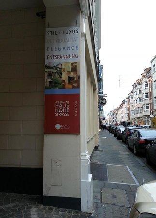 Schaper Apartment Düsseldorf: The Street - Hohe Straße