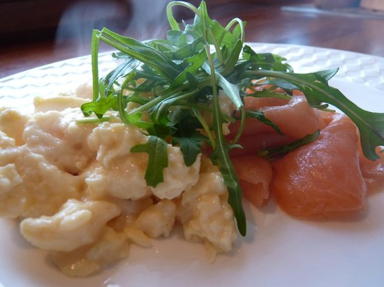Green Rooms B&B: Smoked Salmon and Scrambled Eggs