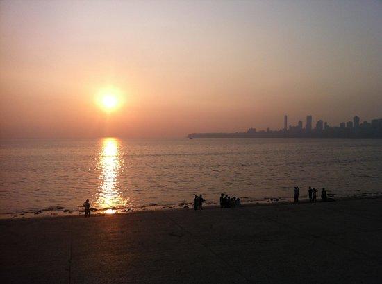 Marine Drive: sunset on the bay 1