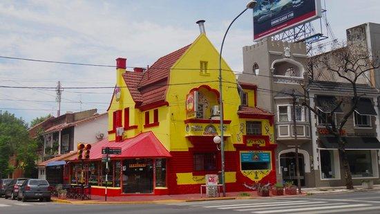 Photo of Fast Food Restaurant El Amanecer de Carlitos at 107 Nro 273, Villa Gesell, Argentina
