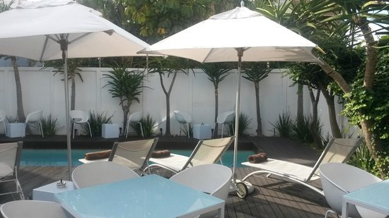 Villa Zest Boutique Hotel: Lovely pool area