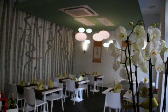 Zen-Ci Asian Restaurant