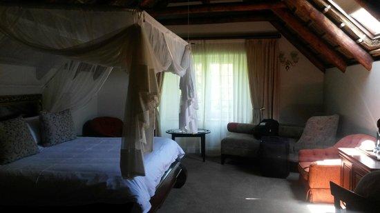 Erinvale Estate Hotel: Spacious room