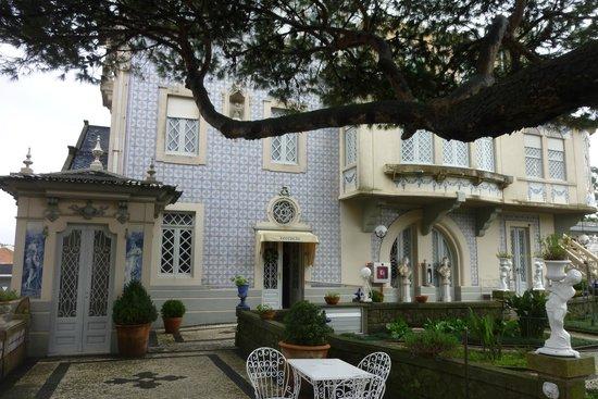 Castelo de Santa Catarina: Front of the hotel