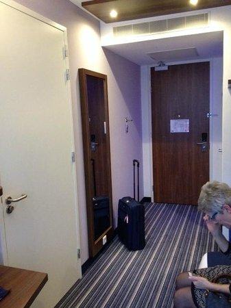 Holiday Inn Express Arnhem: gangetje