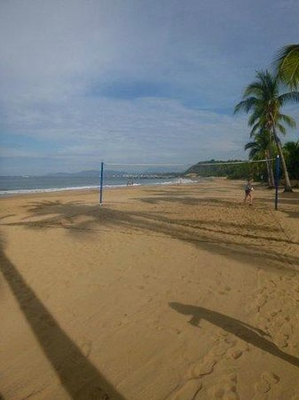 Club Med Ixtapa Pacific : Beach and volleyball net
